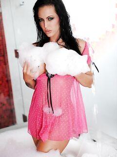 Сисястая Jenna Presley в прозрачных трусиках