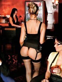 Роскошная Puma Swede совратила двух подружек в баре