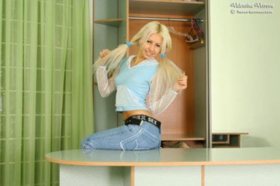 Юная голая гимнастка Валентина Ветрова