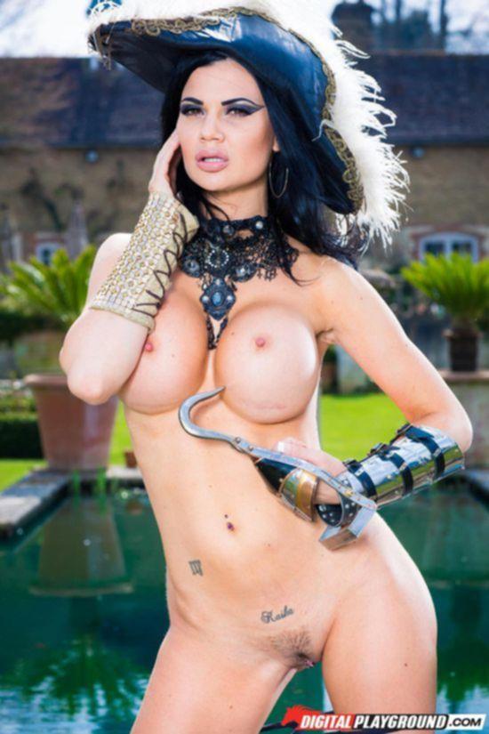 Фото нарезка из порно фильма Лига Франкенштейна с участием Jasmine Jae